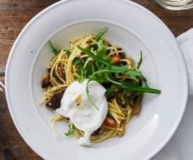 Spaghetti mit Auberginen und Burrata