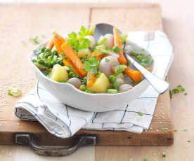 Petits légumes de printemps au bouillon