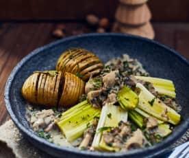 Pilzragout mit pochiertem Porree und schwedischen Kartoffeln