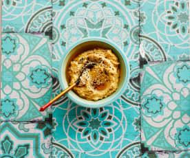 Möhren-rote-Linsen-Hummus