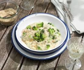 Brokkoli-Risotto mit Haselnuss-Parmesan