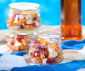 Maccheroncini estivi con melanzane, pomodorini e feta
