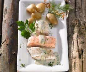 Dreierlei Fischfilets mit Kräutersauce und kleinen Pellkartoffeln