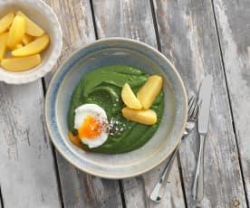 Cremespinat mit Erdäpfeln und pochiertem Ei