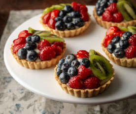 Tartellette alla frutta fresca