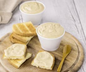 Hummus di fagioli e yogurt