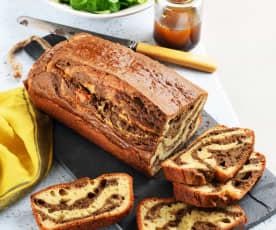 Cake marbré au tarama et à la tapenade