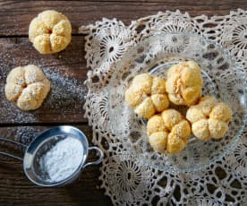 Biscotti alle mandorle con crema al burro