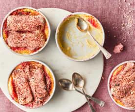 Crème brûlée au champagne et biscuits roses de Reims