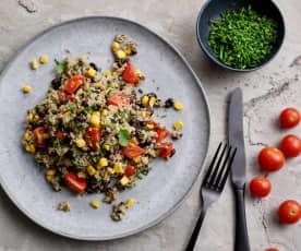 Salada de quinoa com feijão-preto