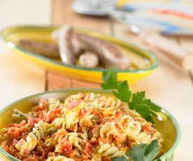 Těstovinový salát se zeleninou a bylinkovo-česnekovým aioli