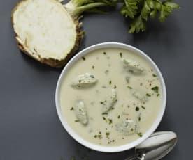 Celerovo-bramborová polévka s bylinkovými knedlíčky