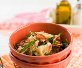 Salad with Prosciutto, Arugula and Mozzarella