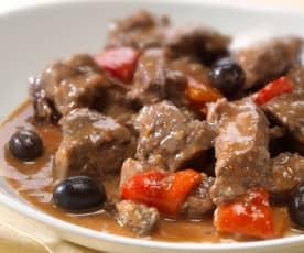 Manzo con olive e peperoni