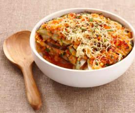 Melanzani-Zucchini-Auflauf mit Linsen