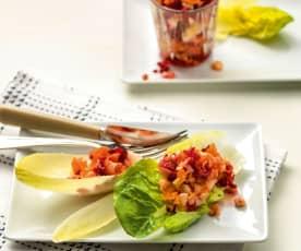 Insalata di verdura e frutta a crudo
