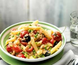 Pasta salad with trout and vegetables
