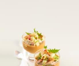 Pannacotta con bisque di astice e chele di granchio