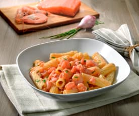 Tortiglioni salmone e gamberetti