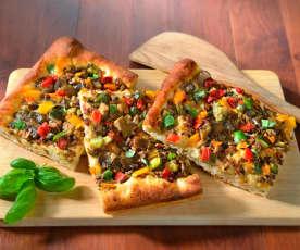 Pizza à la pomme de terre et aux légumes