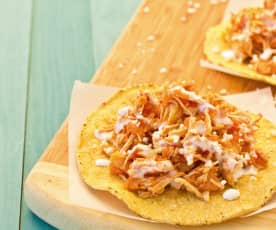 Shredded chicken in tomato sauce (Tinga de Pollo)