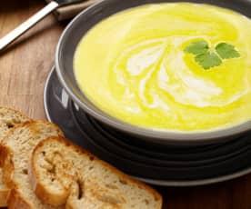 Bramborová krémová polévka se zeleninou