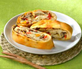 Pizza roulée aux champignons et aux poivrons