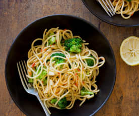 Broccoli, Chilli and Pine Nut Spaghetti