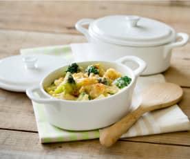 Broccoli and three cheese pasta bake
