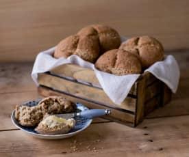 Pearl barley bread rolls