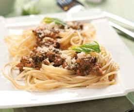 Špagety s mletým masem a špenátem