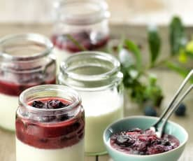 Yoghurt with Blueberry and Apple Compote