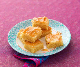 Moroccan sweet pastry (Briouats)
