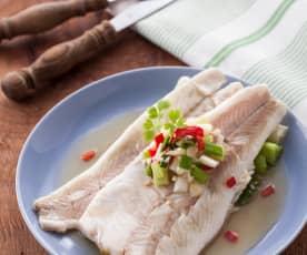 蒜味蒸鱸魚