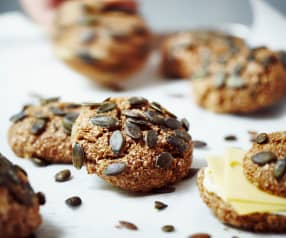 Biscottini cipolla e semi di zucca