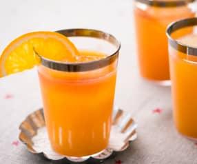 Mocktail de cítricos y granadina
