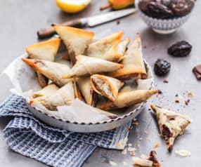 Samoussas aux pruneaux, poire et chocolat