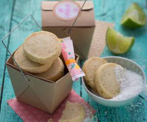 Biscotti al burro, cocco e lime