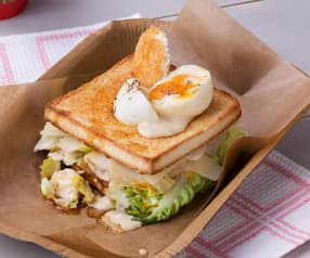 Sándwich de ensalada César