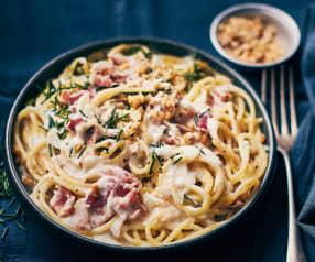 One pot pasta pancetta, crème, noix, ciboulette
