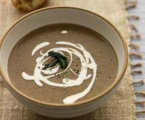 Mushroom and Cannellini Bean Soup