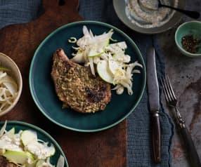 Sous-vide Schweinskotelett mit Apfel-Sellerie-Salat