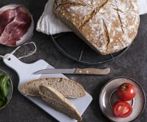 Chleb pszenno-jęczmienny na zakwasie żytnim