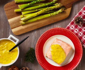 Salmone con salsa bernese e asparagi