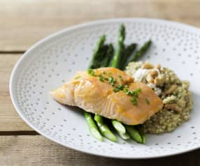 Salmon fillets with buckwheat and asparagus
