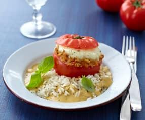 Pomodori ripieni e riso al vapore con salsa anacardi e basilico