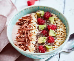 Raspberry smoothie bowl with chia seeds