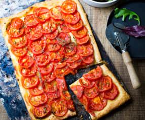 Tarte fine feuilletée à la tomate