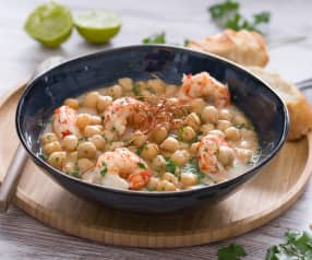 Garbanzos thai con gambas, leche de coco y lemon grass
