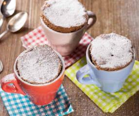 Mug cake de crema de cacao y avellanas